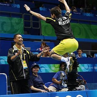 Choong Wei melompat gembira